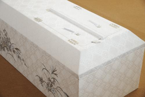 高級刺繍棺アップ写真