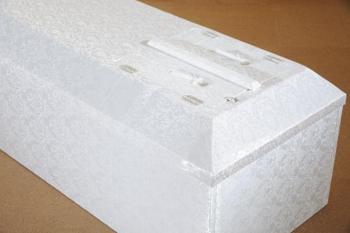 布張りホワイト棺アップ写真